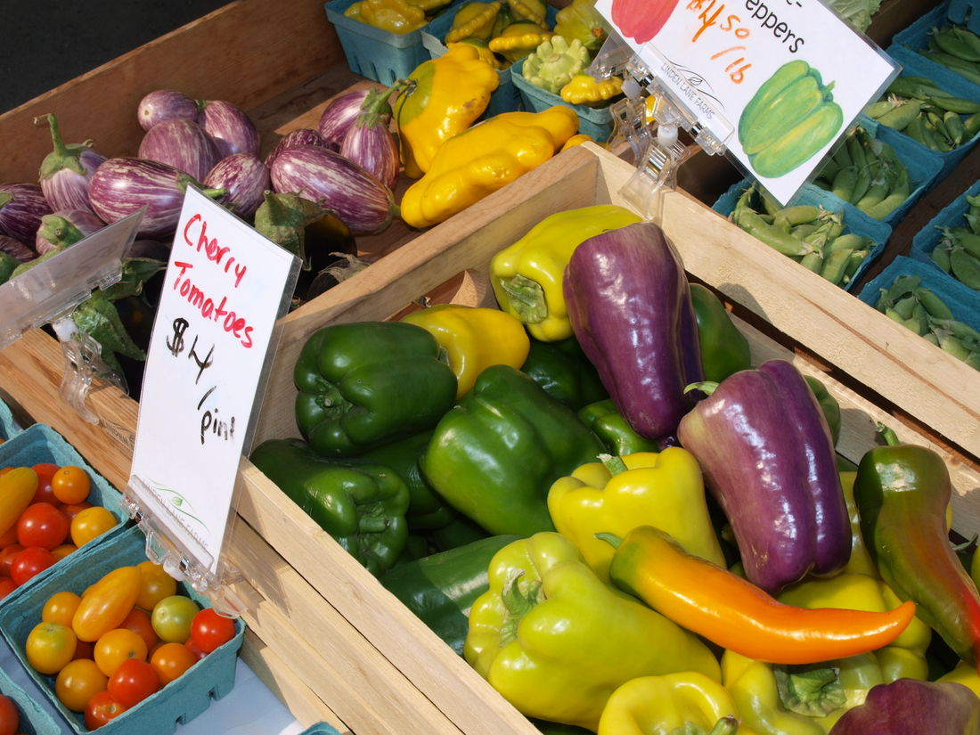 Cottonwood Community Market offers fresh produce, local products, and entertainment.