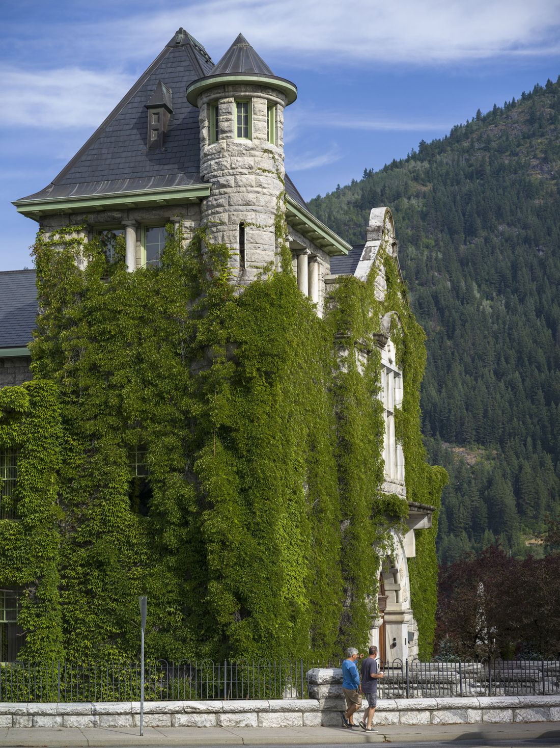 Explore the historic city of Nelson, just a short distance away from Kokanee Mountain Zipline.